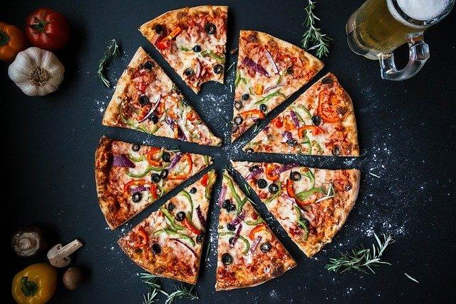 pizza kalori oranı - küçük pizza kalori - büyük ve ya bir dilim pizza kaç kalori