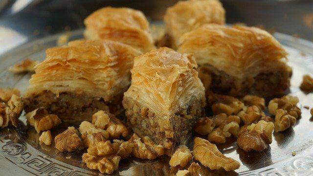 Fındıklı baklava kaç kalori - fındıklı baklava besin değeri