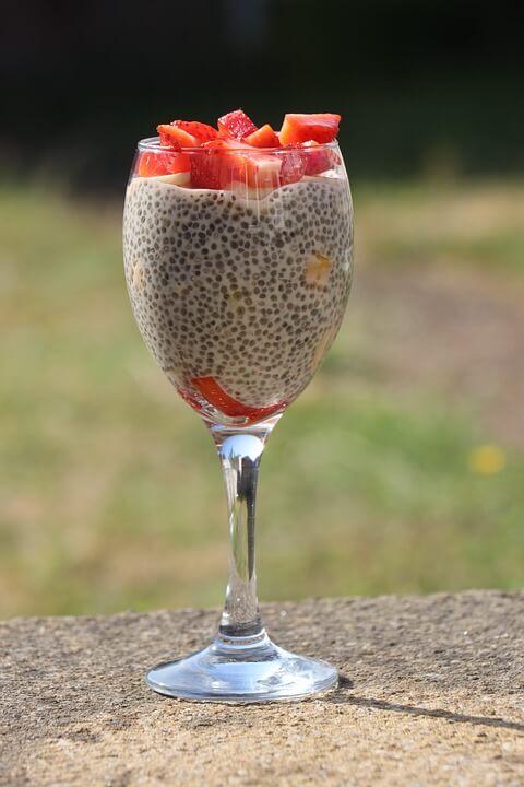glutensiz kinoalı puding kaç kalori ve kinoalı puding besin değeri nedir.