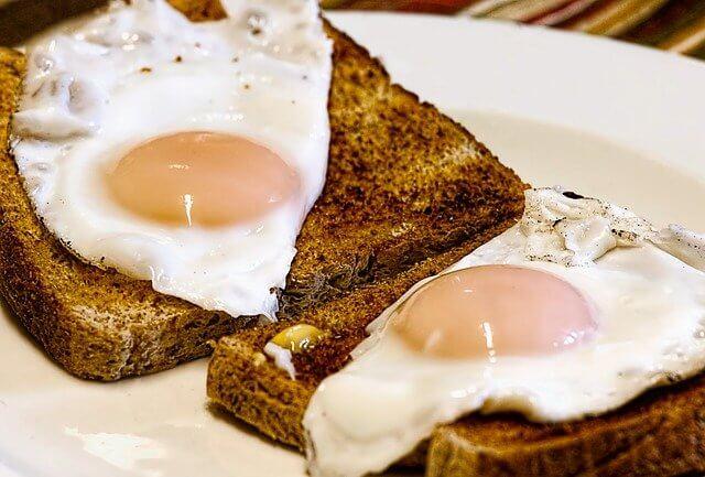 1 adet yumurtalı tost kaç kalori - yumurtalı tost besin değeri