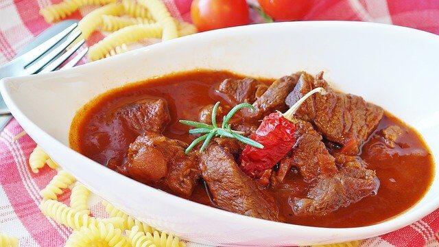 Kırmızı ete hangi sos yakışır Kırmızı Etle uyumlu soslar nelerdir.